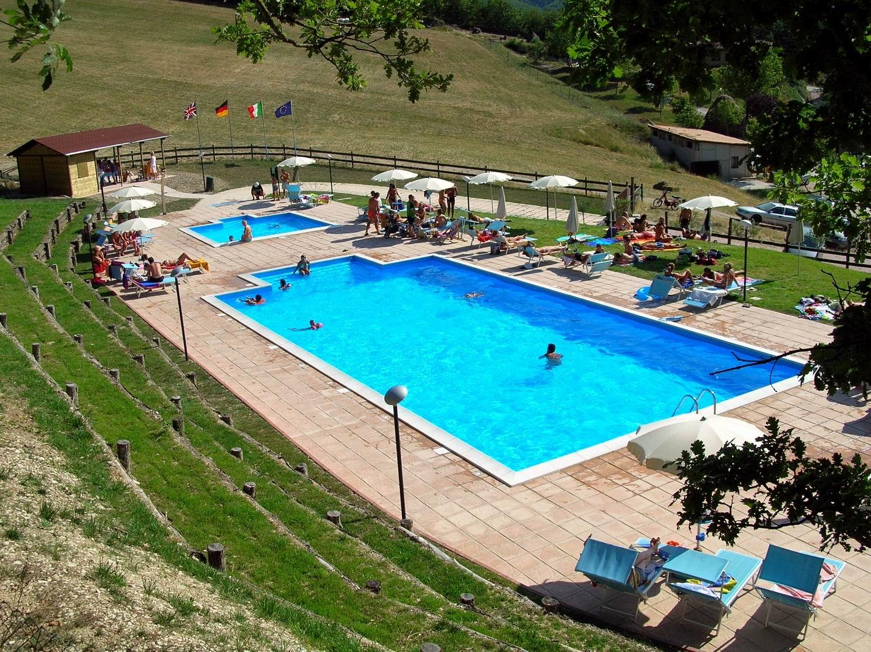 agriturismo_piscina
